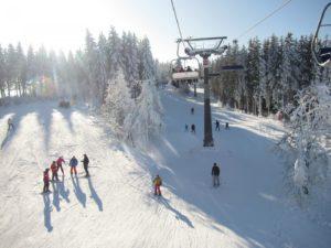 bedrijfsuitje-winterberg-in-de-sneeuw